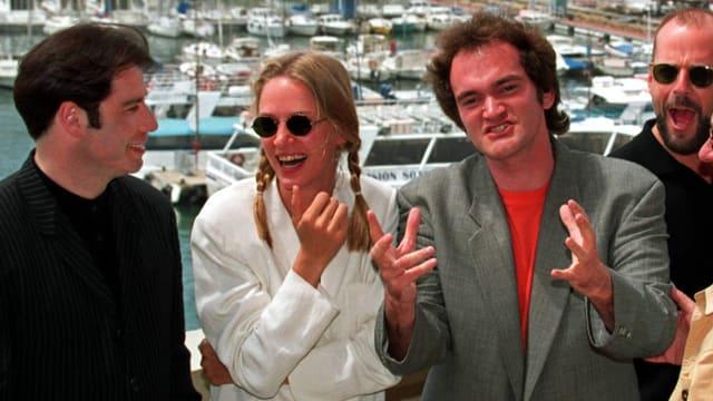 John Travolta, Uma Thurman, Quentin Tarantino und Bruce Willis auf dem Filmfestival von Cannes 1994.