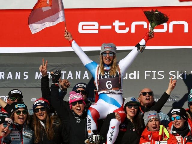 Joana Hählen lässt sich feiern.