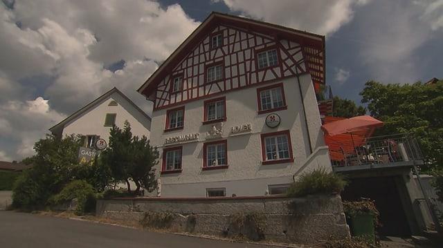 Video «Kanton Zürich – Tag 5 – Restaurant Adler, Kappel am Albis» abspielen