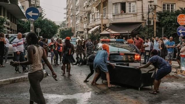 Frauen protestieren auf der Strasse