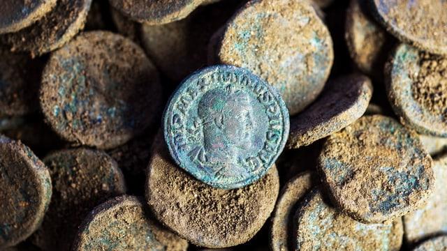 Ausgegrabene Münzen