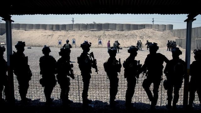 Irakische Militärangehörige bei einem Anti-Terror-Training in Bagdad