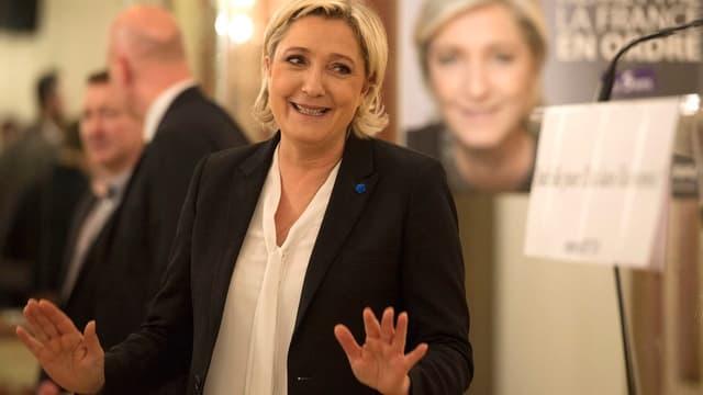Purtret da Le Pen.