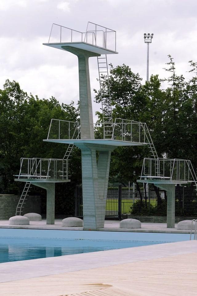 10-Meter-Turm.