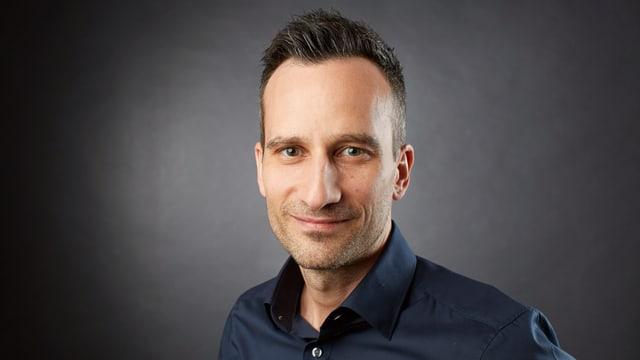 Raphael Amrein, Leiter Publikumsdialog bei SRF, ist verantwortlich für die «Publikumsfrage des Tages».