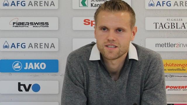 Juho Mäkelä beim Interview