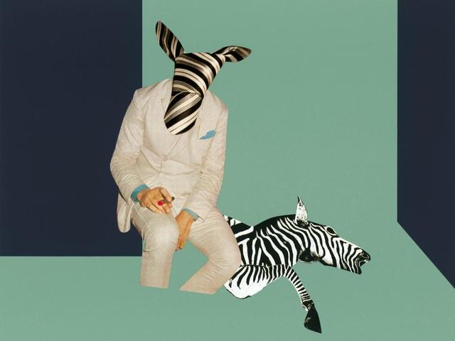 Ein Mann mit einem Zebrakopf, daneben ein halbes Zebra.