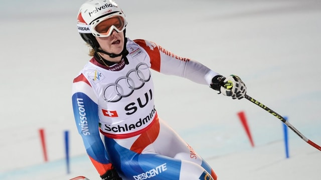 Rahel Kopp in Skimontur im Zielraum.