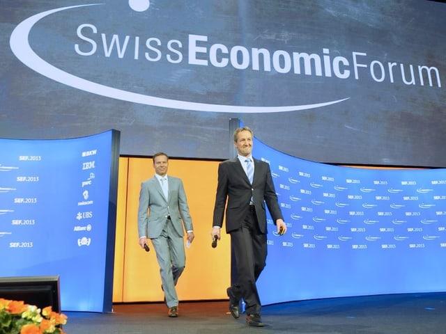Die beiden SEF-Gründer Stefan Linder (links) und Peter Stähli traten auf zur Begrüssung der SEF-Gäste