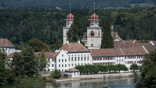 Gemeinde Rheinau Blick auf Kloster und Fluss
