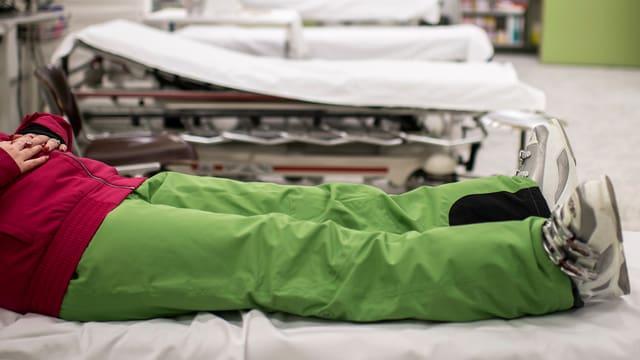 Kantone mit schwarzen Listen sollen Notfallbehandlungen genau definieren und breit fassen.