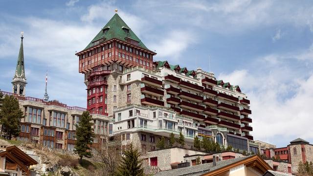Sicht auf das Nobelhotel Badrutt's Palace in St. Moritz