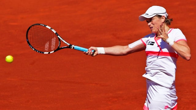 Romina Oprandi bei einem Vorhandschlag beim Turnier in Estoril.