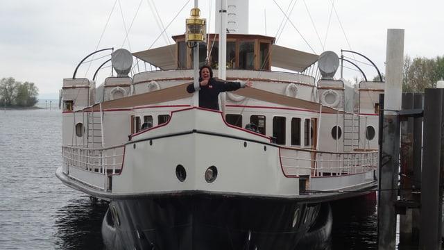 In zic sco tar la Titanic. La Hohentwiel ha la medema annada, 1913.