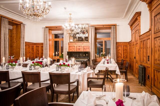 La sala da mangiar da l'hotel Alpina