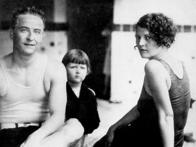 Zelda und Scott Fitzgerald un ihre Tochter Scottie.