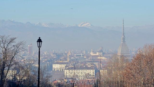 Vista da la citad da Torino.