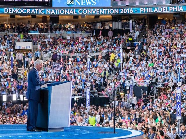 Bill Clinton am Rednerpult