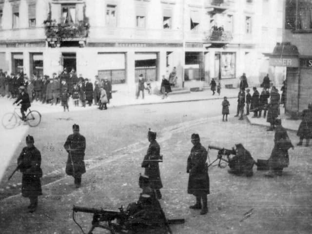 Landesstreik 1918 in Grenchen: Militär bezieht Stellung