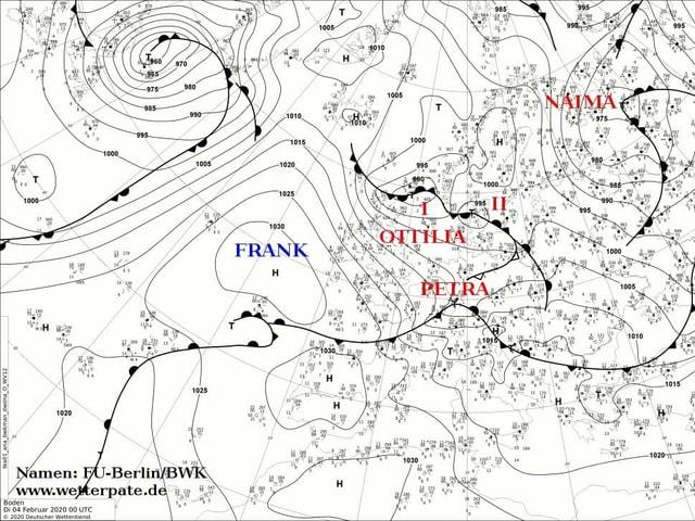 Wetterkarte mit dem Hoch Frank und den Tiefs Ottilia, Petra und Naima