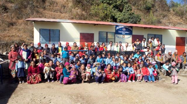 La scola reconstruida.