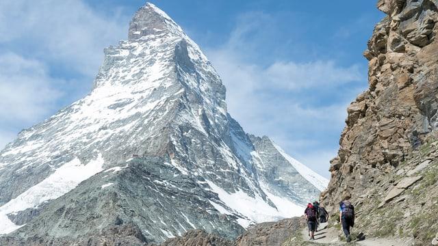 Matterhorn mit Schnee