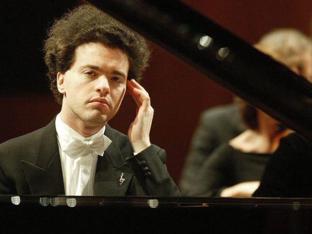 Evgeny Kissin am Klavier.