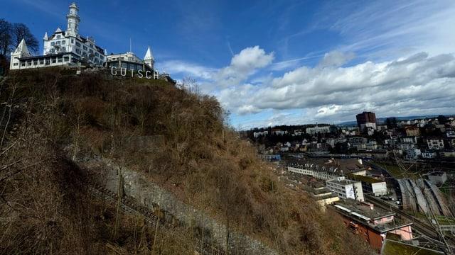 Der steile Gütschhang oberhalb der Baselstrasse in Luzern.