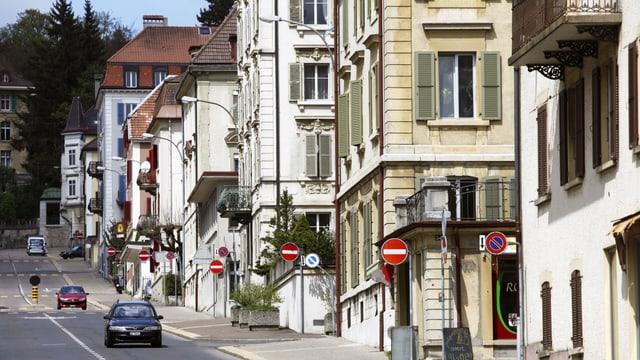 Strassenszene in La Chaux-de-Fonds.