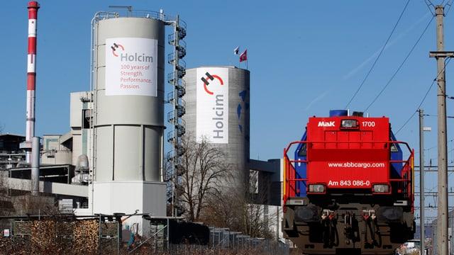 Produktionsanlage Holcim in Siggenthal.
