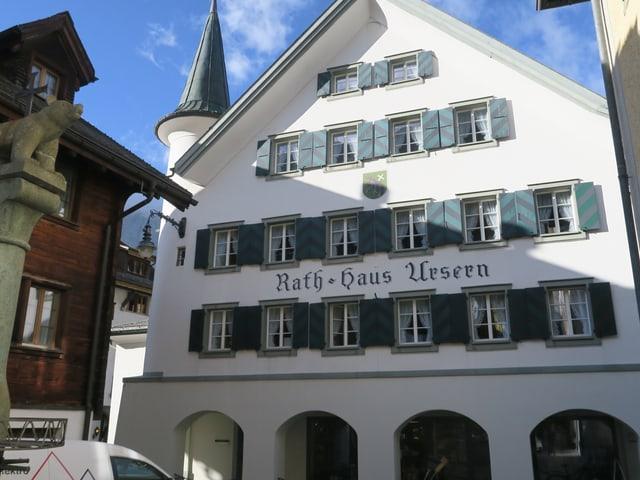 Rathaus der Korporation im Dorf Andermatt