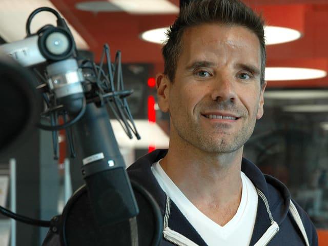 Patrick Meister im Radiostudio.