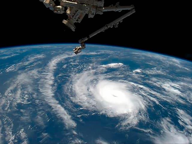 Hurrikan aus dem Weltraum betrachtet.