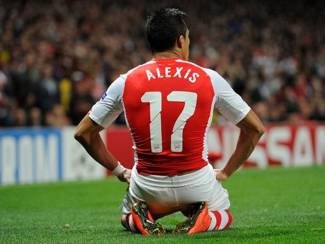 Rückenansicht von Alexis Sanchez im Arsenal-Dress mit der Nummer 17.
