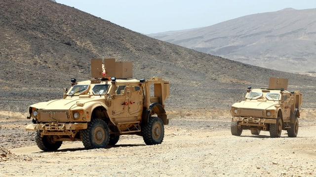 Dus transporters en il Jemen.