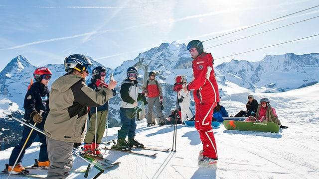 Kinder in der Skischule