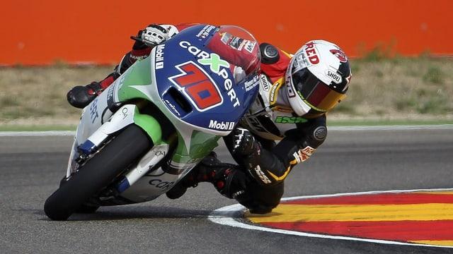 Der 22-jährige Robin Mulhauser versucht sich beim GP von Aragon erstmals auf der grossen Bühne.