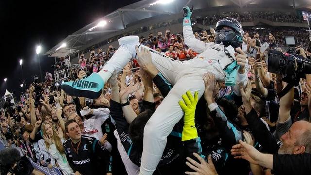 Bler pli ad aut na vai betg pli per Nico Rosberg – el è campiun mundial.