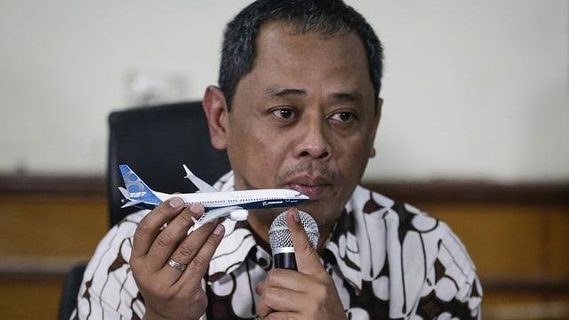 Lion-Air-Flug 610: Nurcahyo Utomo präsentierte in Jakarta den Abschlussbericht zum Absturz der Boeing 737 Max.