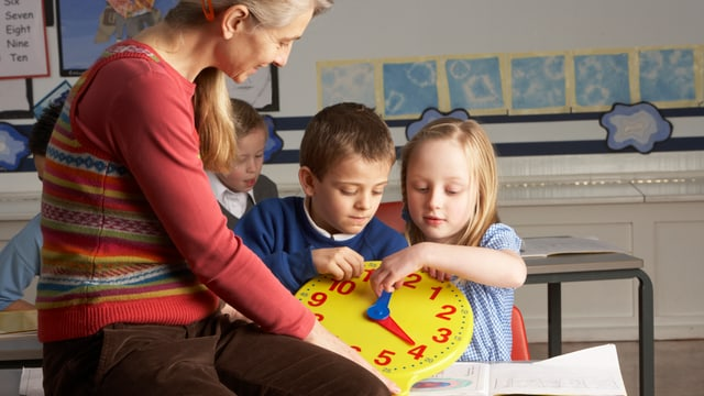 Lehrerin im Kindern
