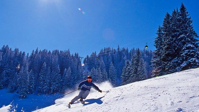 In skiunz en la regiun turistica da Partenz.