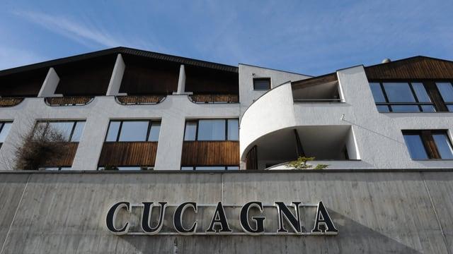 Anteriur hotel Cucagna a Mustér.