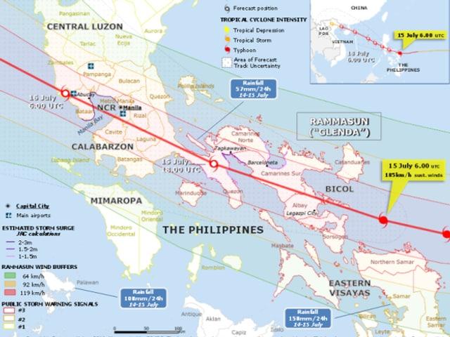 Kartenausschnitt der Philippinen mit punktuellen Messungen von Niederschlag, Wind, Sturmflut. Oben rechts ist die prognostizierte Zugbahn von Taifun Rammasun abgebildet.