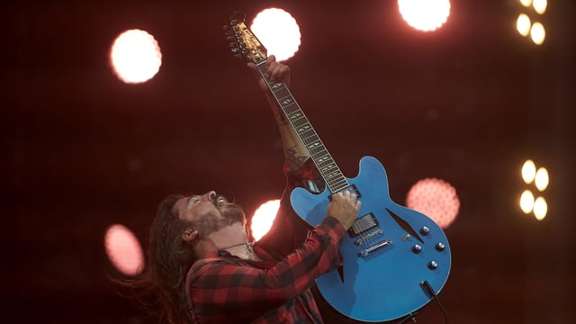 Dave Grohl an Gitarre