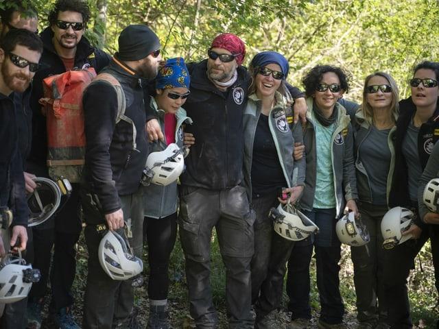 Gruppenfoto mit den Teilnehmenden.