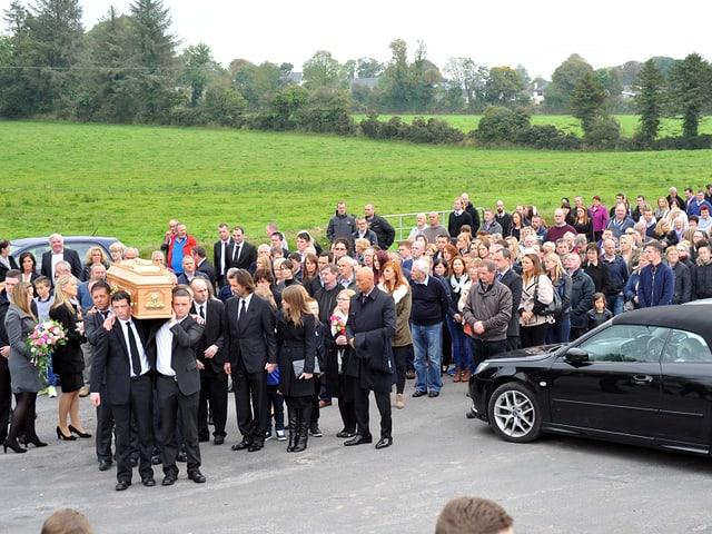Totale: Beerdigung