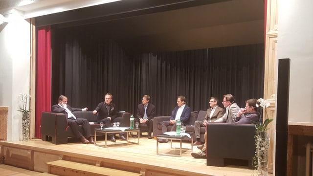 Da sanestra a dretta; Gerhard Pfister, Andreas Wieland, David Spinnler, Duosch Fadri Felix, Kurt Baumgartner, Markus Testa e Michi Beer.