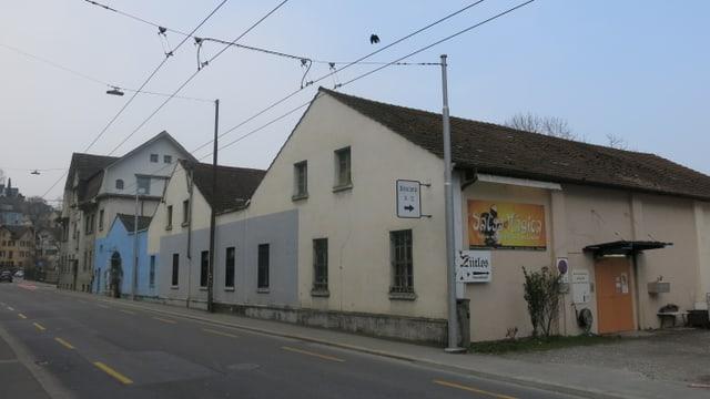 Alte Gebäude auf dem Industriestasse-Areal in Luzern.