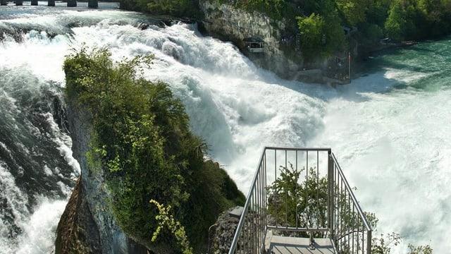 Rheinfall in Neuhausen im Kanton Schaffhausen