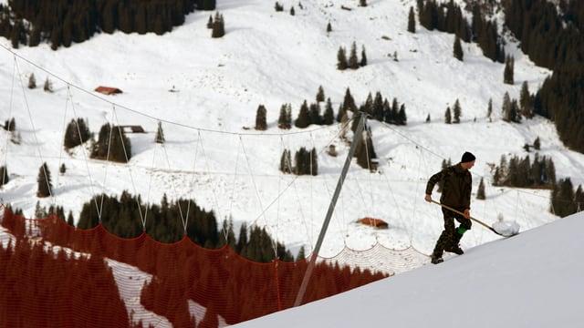 Video «Bergregionen am Abgrund» abspielen